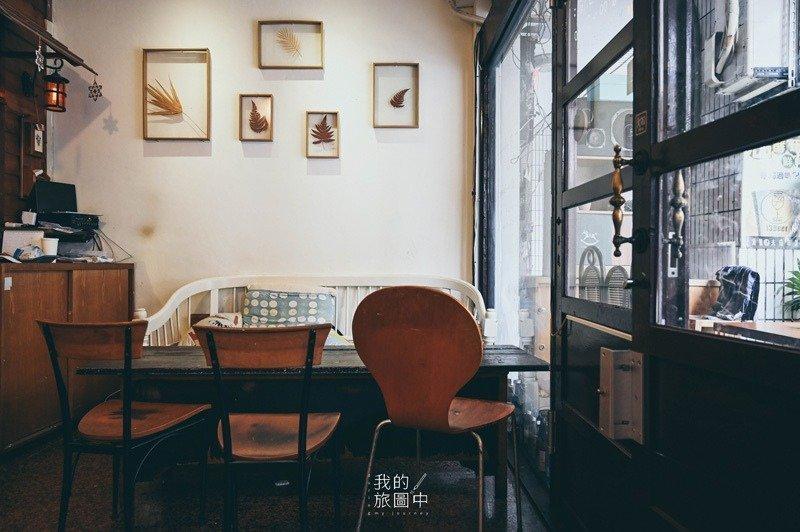 台北室內設計案例-桌椅牆面